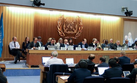 How an IMO convention enters into force and how it is amended ?